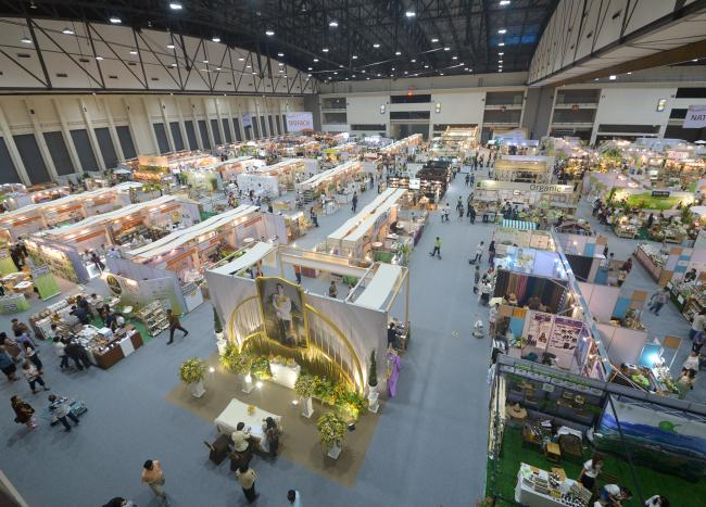 21,209 visitors from 41 countries and 399 exhibitors from 14 countries